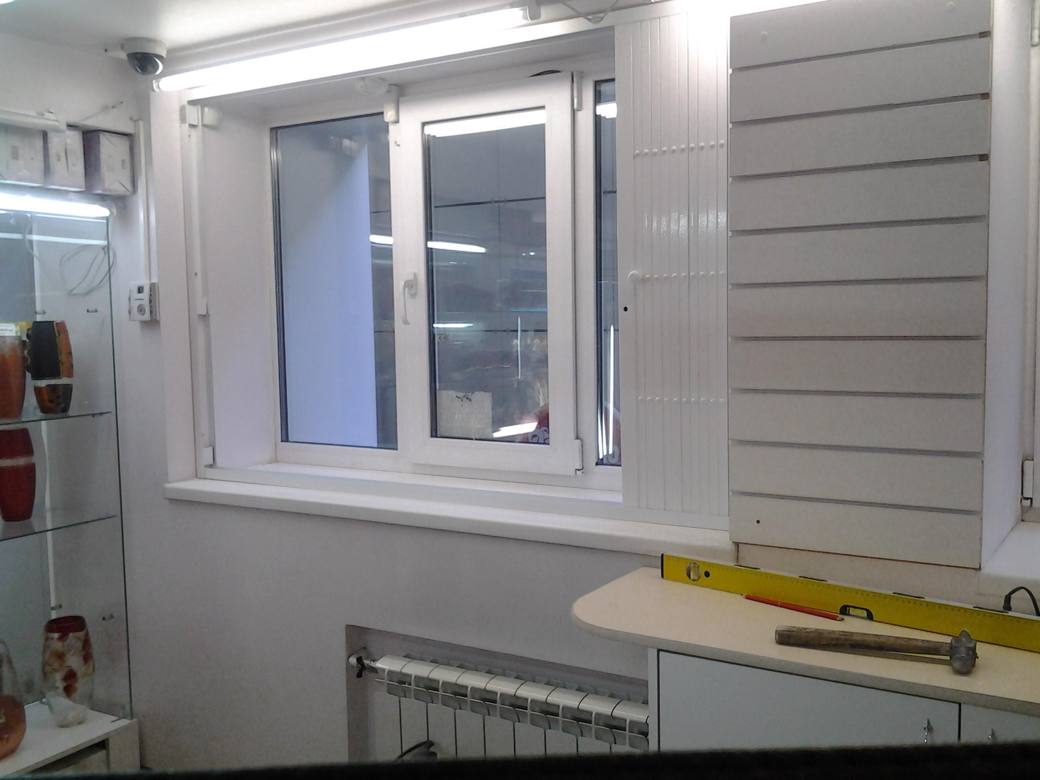 Установка защитных раздвижных решеток на окна двери балкон ..